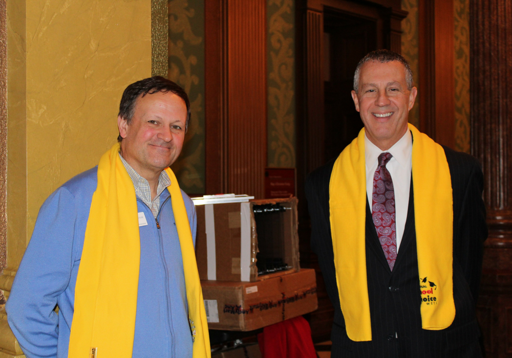 A photo of MAPSA VP of PR and Media, Buddy Moorehouse, and MAPSA President Dan Quisenberry.